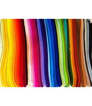 100% gyapjú filc 78 színben